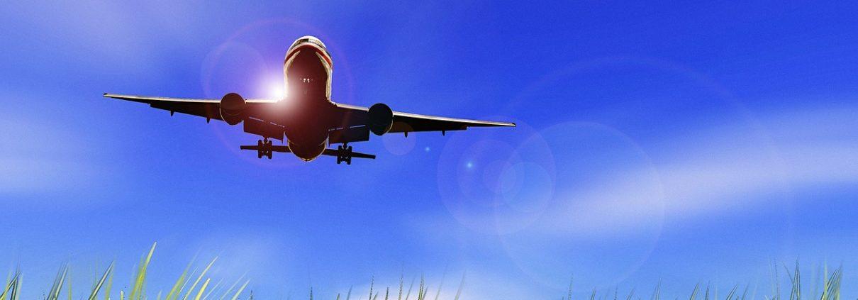 aircraft-479772_1280