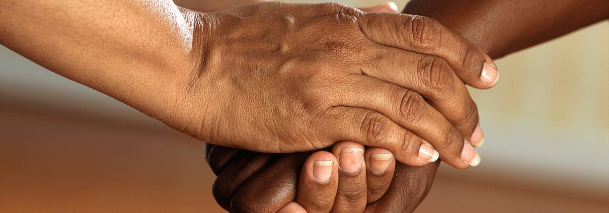 clasped-hands-541849_1920