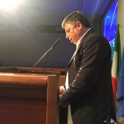 Ferdinando Lioi legge la relazione