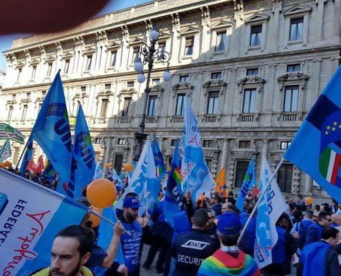 Manifestazione dei lavoratori ATM a Palazzo Marino